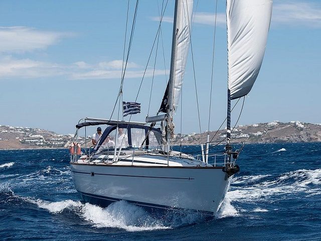 Sailing Yacht Daily Cruise